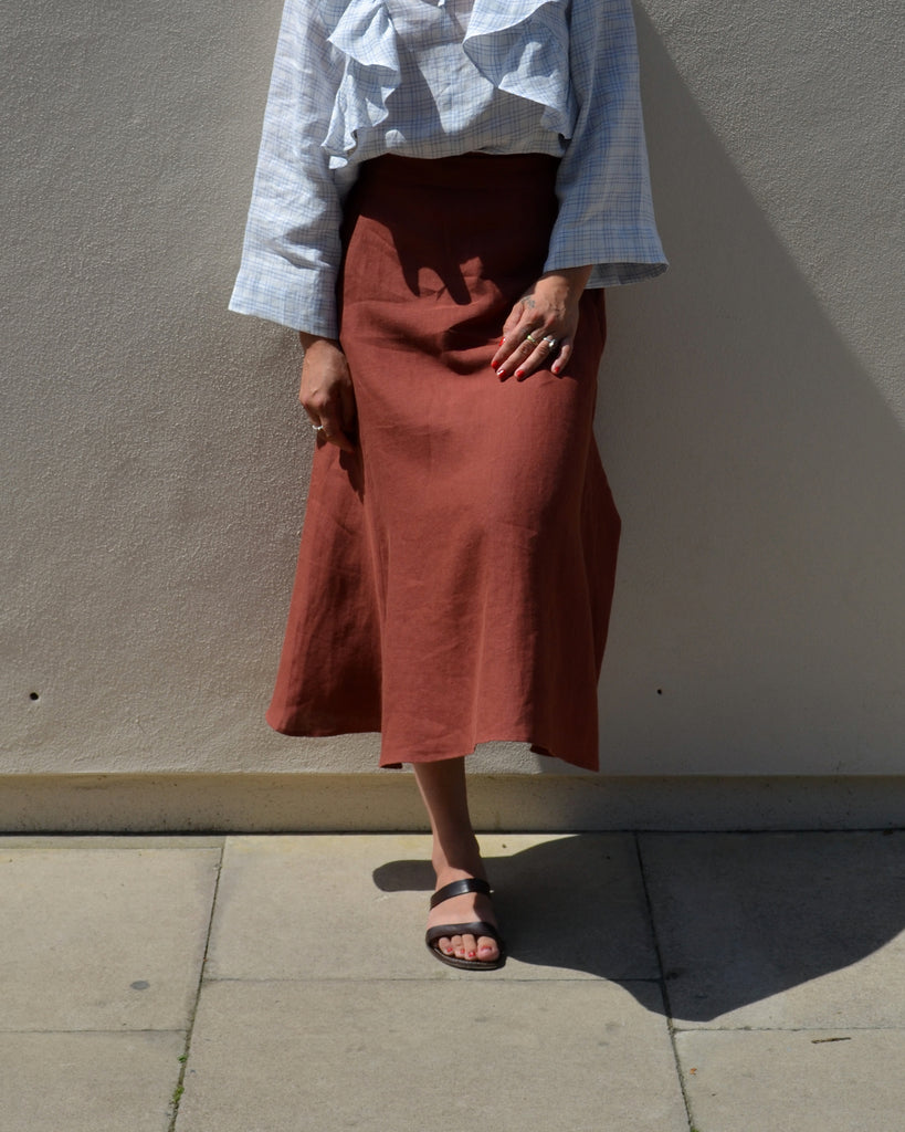 Timeless Skirt Terracotta Linen
