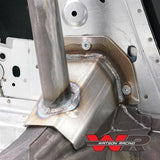 Mustang Bolt-in 4-Point Roll Cage S197 (Close-up)