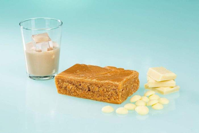 Baileys and white chocolate fudge (100g)