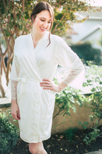 White Lace-Sleeve Robe