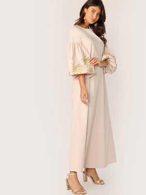 Trinna Embroidered Maxi Dress - Huzsy
