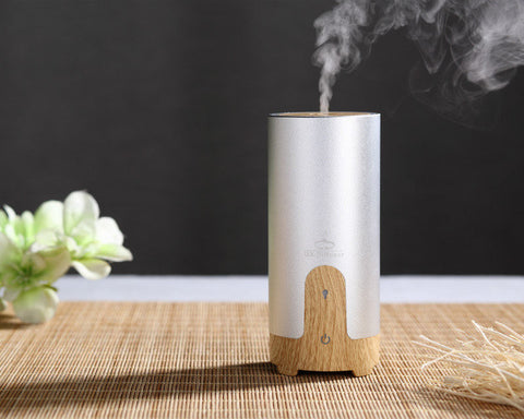 AWESOME! Portable Car USB Ultrasonic Humidifier Essential Oil Diffuser Aroma Diffuser Air Purifier Aromatherapy Mist Maker - UpTechMart