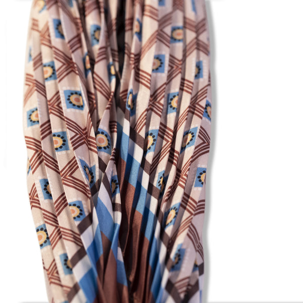 Diamond Shaped Print Scarf