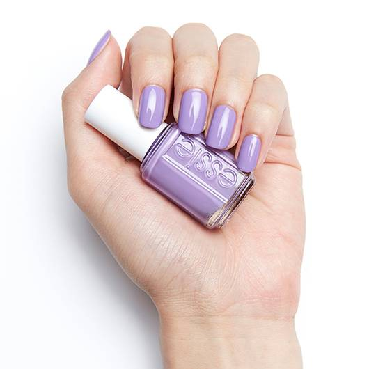Essie Color - Worth the tassel