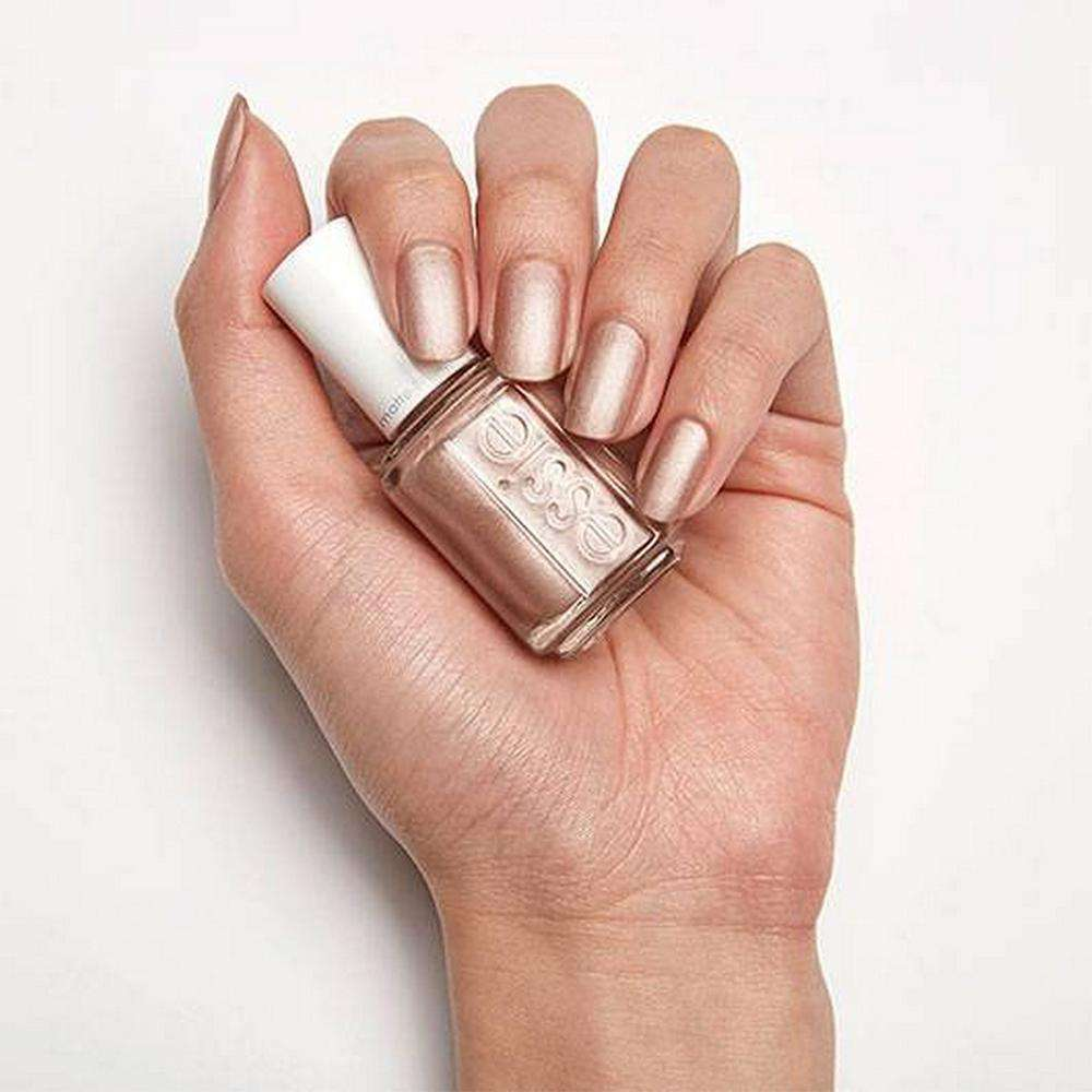 Essie Color - Call your bluff 649 Nail Polish Essie