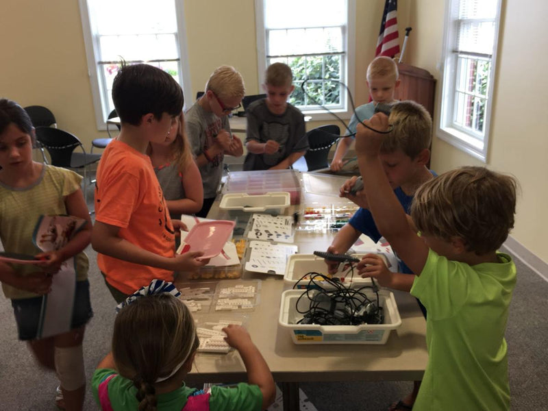 Lego Robotics class teaches children programming basics