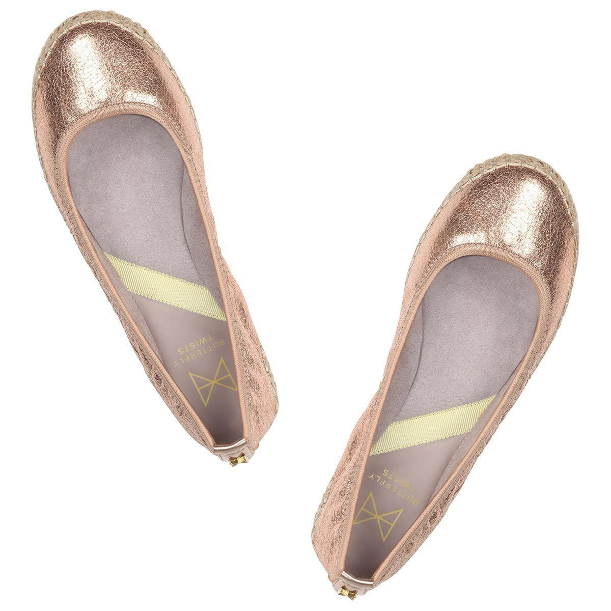 Step into summer with our espadrille inspired GIGI. Pairing a natural jute sole with a cracked rose gold metallic, this style is a holiday essential. A round toe silhouette A raffia jute sole combined with a cracked rose gold faux leather Soft, comfortable faux suede lining Cushioning memory foam insoles for added comfort Twist Tech Technology Flexible rubber sole: folding shoe Vegan We deliver to over 50 countries worldwide. to see which countries we deliver to please visit our FAQ section. We