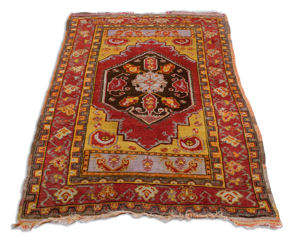 Antiker Turkish Oriental Rug <br /> 183 cm x 114 cm <br /> Nr. 107MP