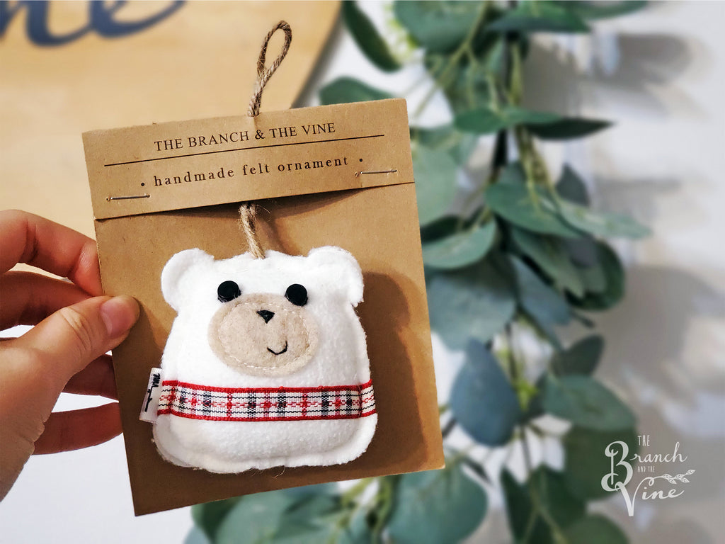 BEAR WHITE - | Keychain | Ornament | or | Magnet |