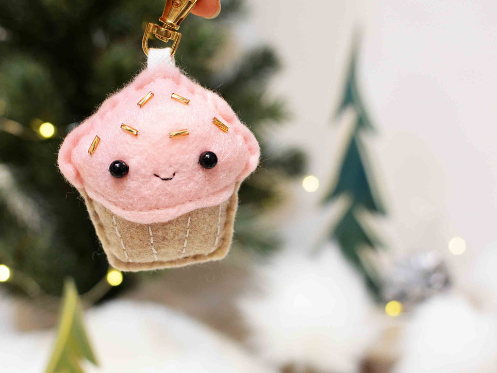 CUPCAKE - Pink - | Keychain | Ornament | or | Magnet |