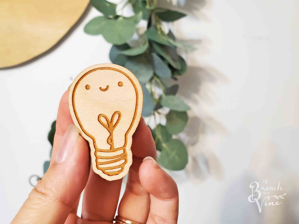 LIGHT BULB - Wood Keychain or Magnet
