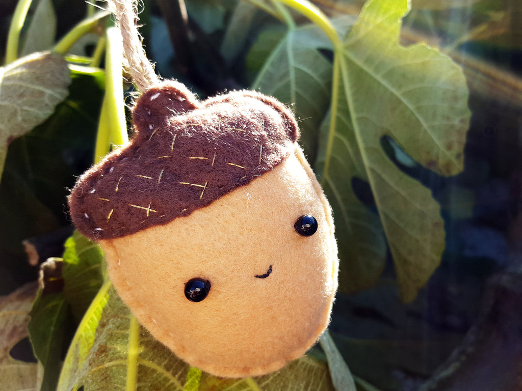 ACORN - | Keychain | Ornament | or | Magnet |