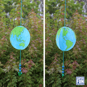 Spinning paper earth craft