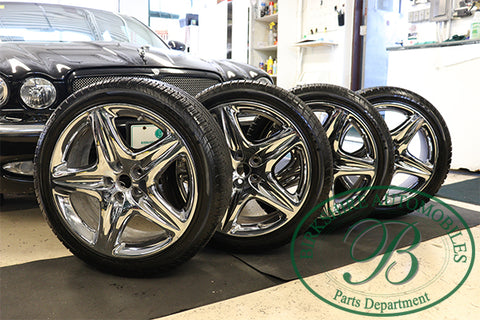 Jaguar Tire and Rim Package. 255/40/19 on 5 spoke rim with tpms Sensors. Fits 2004-2009 Jaguar Super V8, 2009-2012 Jaguar XF