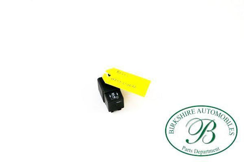JAGUAR POWER ACCESSORY RELAY PART #LNA6706 AA. FITS 2005-2009 JAGUAR SUPER V8,XJ8/XJL,XJR