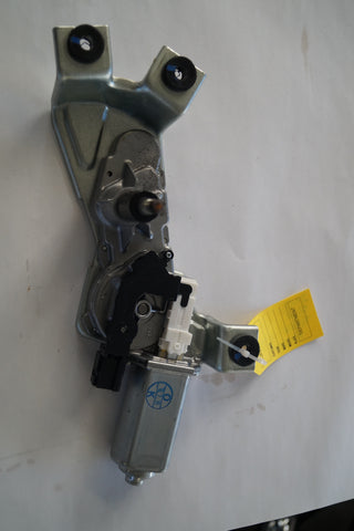 LANDROVER REAR WIPER MOTOR PART #LR029319. FITS RANGER ROVER SPORT 2006-2011 4.2L,4.4 HSE AND SUPERCHARGED
