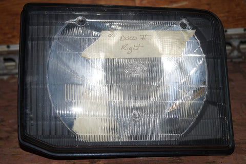 USED LAND ROVER DISCOVERY SERIES II HEADLIGHT PART #XBC105170. FITS LAND ROVER DISCOVERY SERIES II 1999-2001