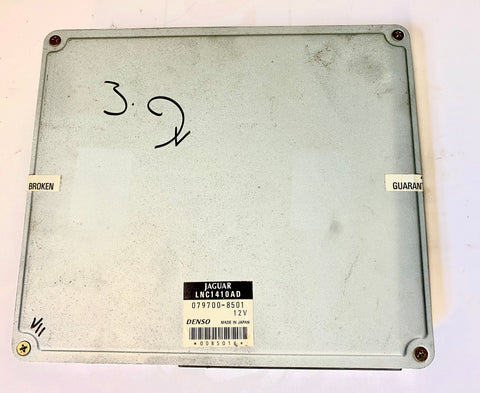 USED JAGUAR ENGINE CONTROL MODULE PART #LNC-1410-AD. FITS JAGUAR XJR 4.0 L SUPERCHARGED  1998