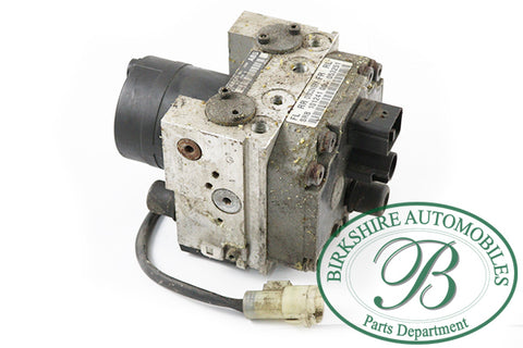 LAND ROVER ABS PUMP  PART# SRB 101241 00.  FITS 1999-2004 DISCOVERY 2