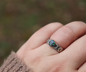 Sterling Silver Moon Phase Ring with Cremains - Ashley Lozano Jewelry