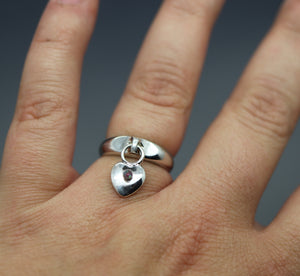 Dangling Heart Charm Cremains Ring - Ashley Lozano Jewelry