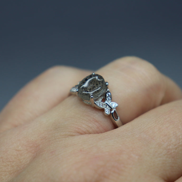 Memorial Butterfly Ring with Cremation Ashes - Ashley Lozano Jewelry
