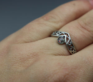V Shaped Silver Cremation Ash Ring - Ashley Lozano Jewelry