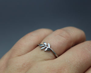 Small Silver Leaf Ring with Infused Cremation Ash - Ashley Lozano Jewelry