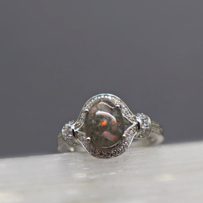 Elegant Banded Oval Cremation Ring - Ashley Lozano Jewelry