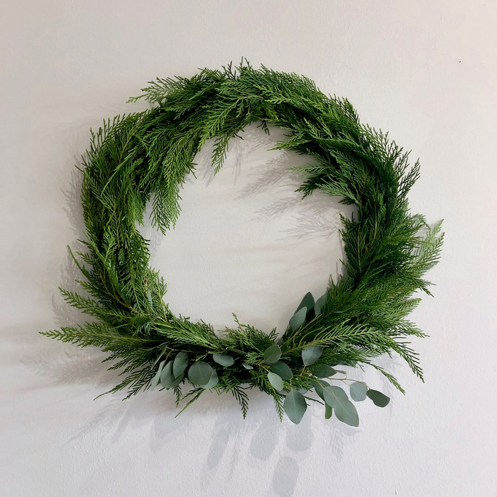 Pre-Order Your Fresh Wreaths & Garland!