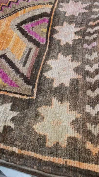 "Vintage one-of-a-kind rug from Loloi made of 100% wool. This Turkish hand knotted vintage area rug is easy to care and maintain and will have very little shedding. The rug is a perfect fit for any living room, dining room, bedroom, or other area of your home!    100% Wool 7'5""x9'3"""
