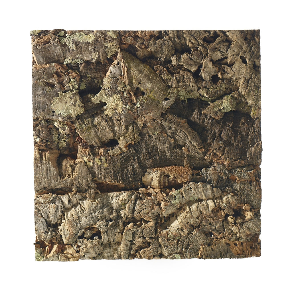 Easily bring natural elements into the home such as virgin cork. This gorgeous board is easily mountable on the wall and can be used as a pinning surface.