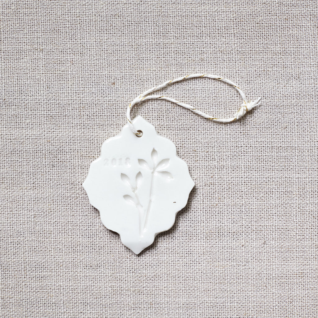 Honeycomb Studio - NEW: Botanical Ornament - Scalloped Eucalyptus