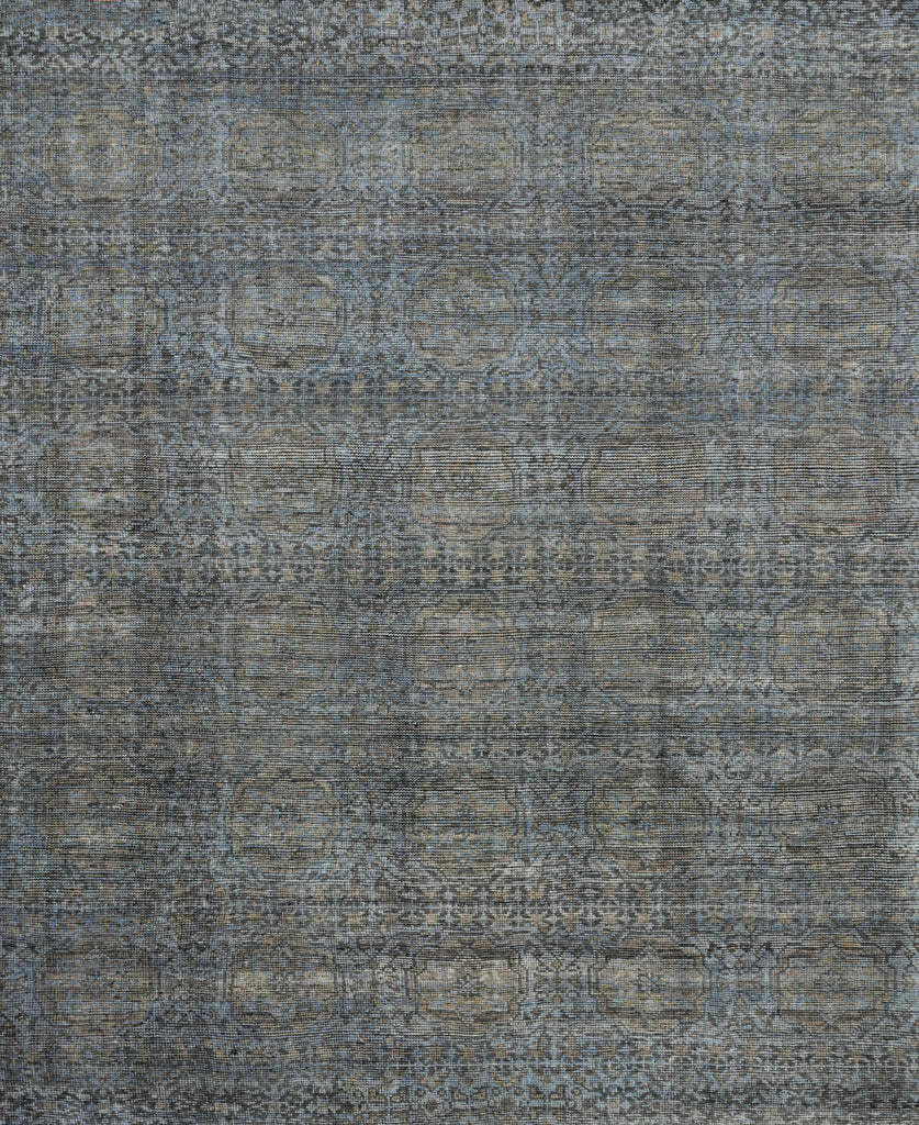 Hand-knotted in India of 100% wool, the Amara Collection creates a casual yet refined vibe with high-end appeal.  Hand Knotted 100% Wool AMM-05 Blue/Gold