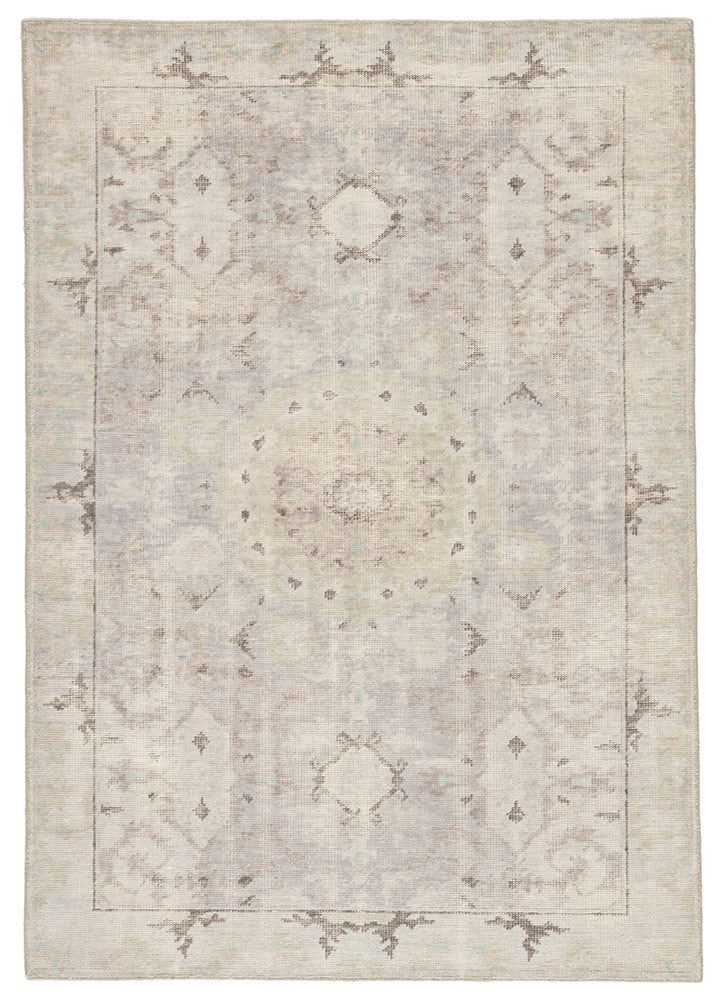 When a traditional design motif is modernized and imbued with sophisticated shades of Smoke and Bungee Cord for a gently aged look, the result can only be called vintage chic. Here, Modify from the new Kai Collection is hand-knotted in 100 percent wool for exceptional quality and an exquisite, timeless look.