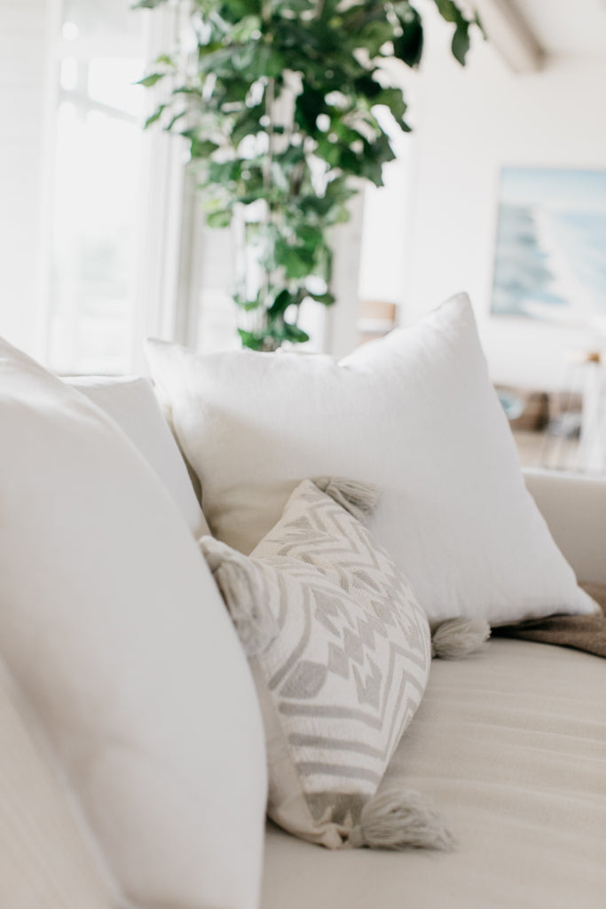 This gorgeous lumbar pillow is a comfortable blend of polyester and cotton. The pillow blends beautifully well on a sofa, in a bed, or as an accent pillow!
