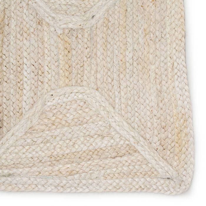 The Naturals Tobago collection delivers rich texture and organic allure to contemporary homes. The Sisal Bow NAT41  rug showcases a chic diamond trellis design, hand woven of jute. The mix of ivory and golden tones on this stunning rug lends a contemporary vibe to any living room, dining room, kitchen, or hallway!