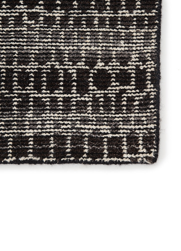 Reverb Licorice/Espresso Rug - Amethyst Home