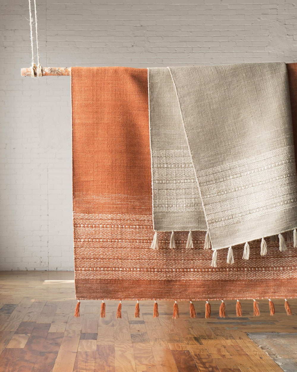 Earthy colors, natural texture, and tribal motifs come together in the Solano Collection for ED Ellen DeGeneres. Hand-woven of 100% wool by master artisans, each piece features the remarkable durability inherent in the hand-woven construction. Perfect for entry-ways, living areas, or any of your most high-trafficked rooms. Crafted by Loloi.  Hand Woven 85% Wool | 15% Cotton ON-01 ED Ivory