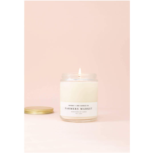 These hand crafted Farmers Market Wood Wick Candles are a blend of sweet blueberries and perfectly ripe pumpkin. It is a fresh, light every day smell perfect for around the house   Size: 9oz