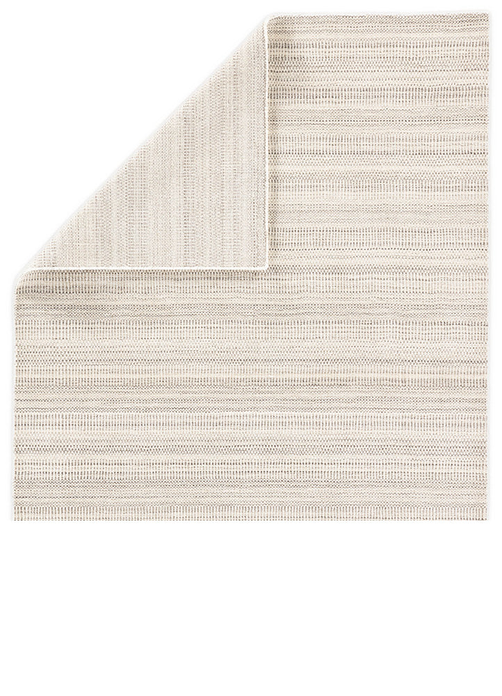 The Minuit TEI01 area rug from the Trendier collection brings dimension to any room with a finely detailed pattern in a neutral colorway. Soft to the touch, this hand-loomed wool and viscose rug is ideal for bedrooms, dining rooms, or any room you want to be more cozy and comfortable!
