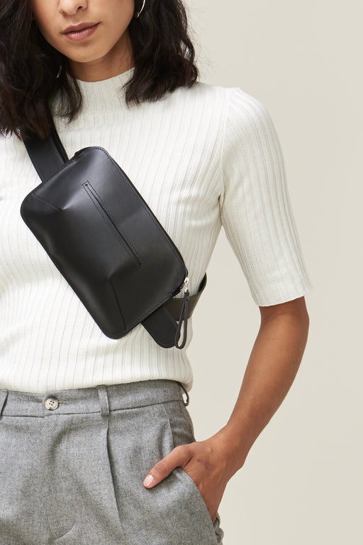 LYKKE  Leather Belt bag