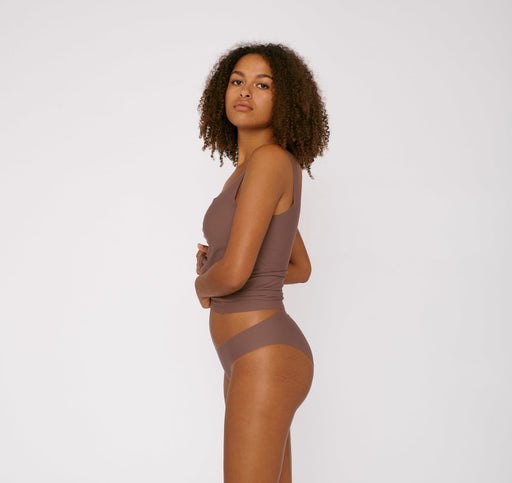 TAUPE INVISIBLE CHEEKY BRIEFS | ORGANIC BASICS
