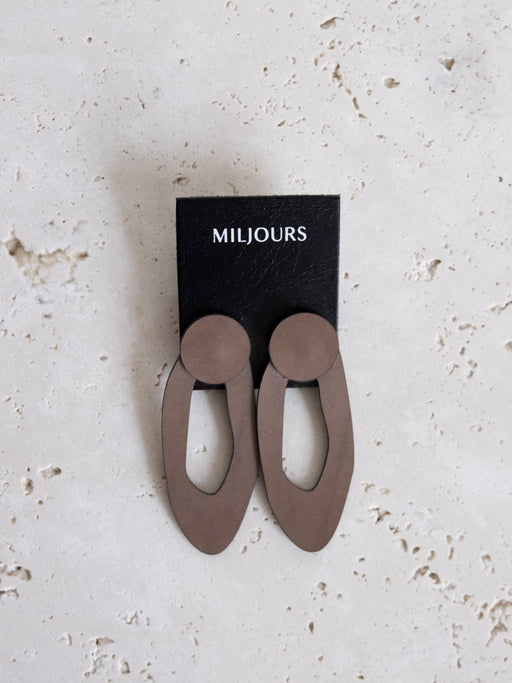 TAUPE ALMA LEATHER EARRINGS | MILJOURS STUDIO