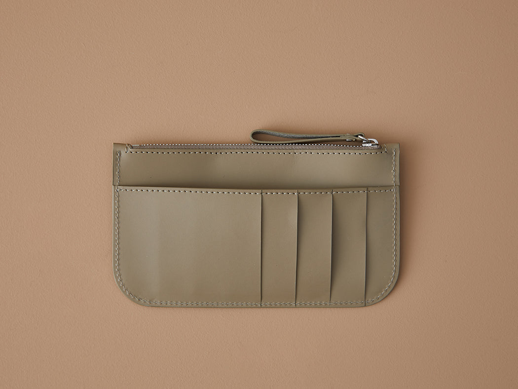 TAUPE WALLET WITH ZIP