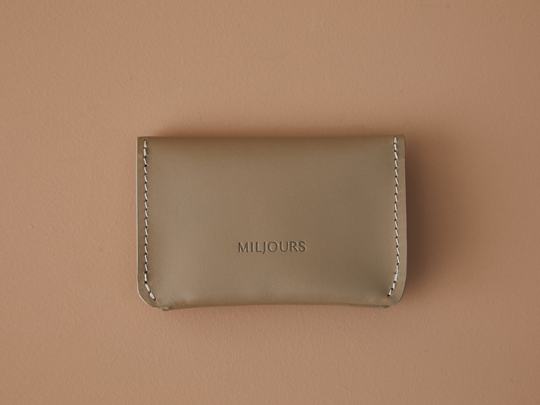 TAUPE LEATHER CARD WALLET | MILJOURS STUDIO