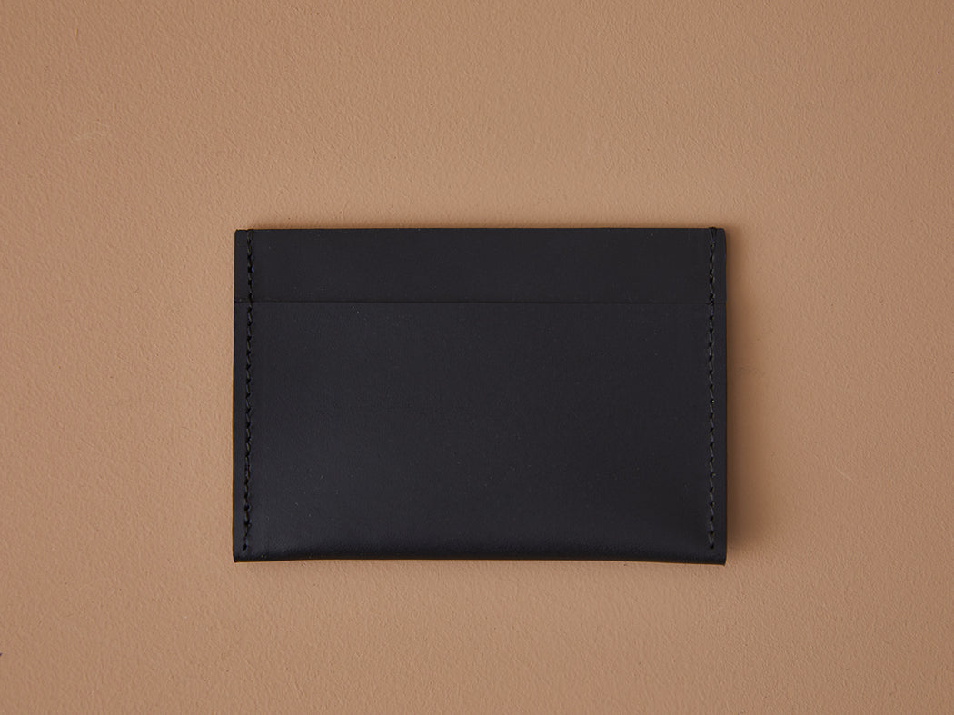 BLACK LEATHER SIMPLE WALLET | MILJOURS STUDIO