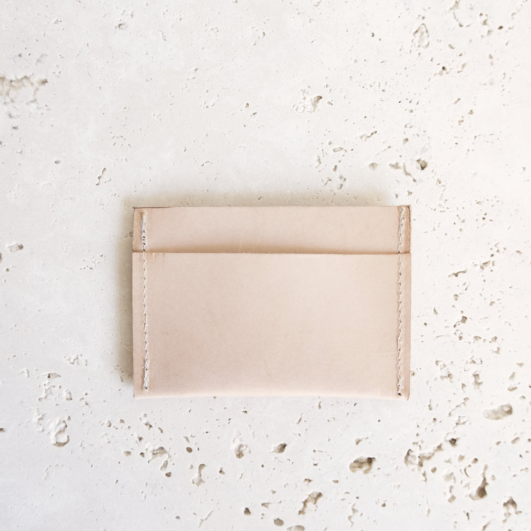 ALMOST PERFECT LEVAC CARD HOLDER | MILJOURS STUDIO