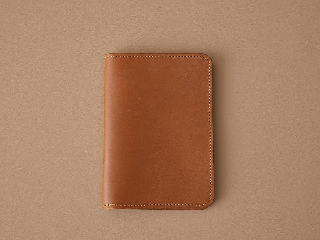SIENNA LEATHER PASSPORT WALLET