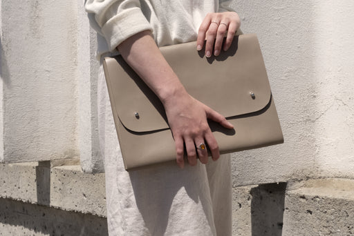 Miljours Studio - Taupe leather laptop case